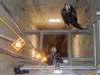 Rope access to inspect smoke shafts